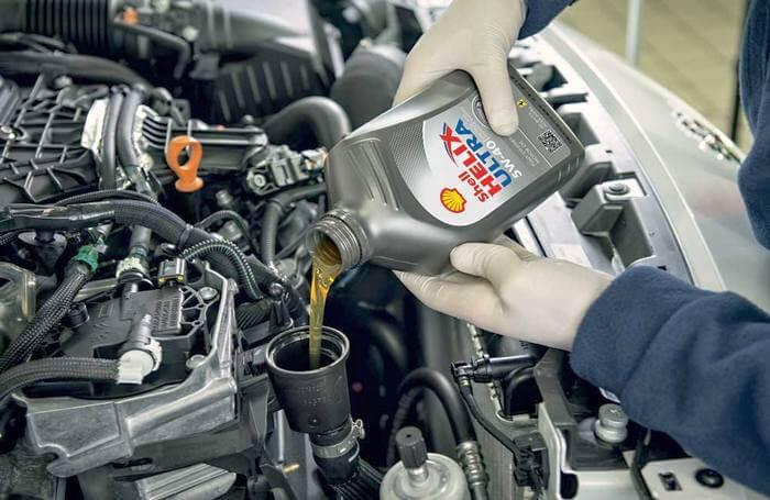 как часто нужно менять масло в двигателе автомобиля